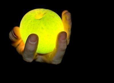 Магическое яблоко