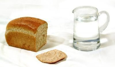 На хлеб и воду