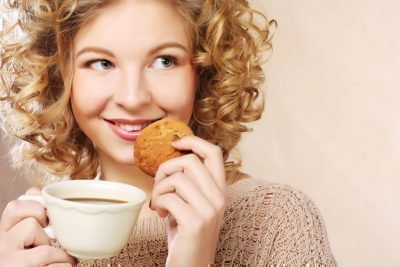 Женщина и печенье