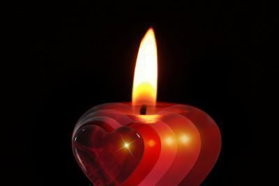 Красная свеча