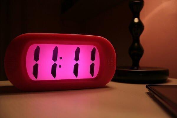 Что означает совпадение цифр и чисел на часах