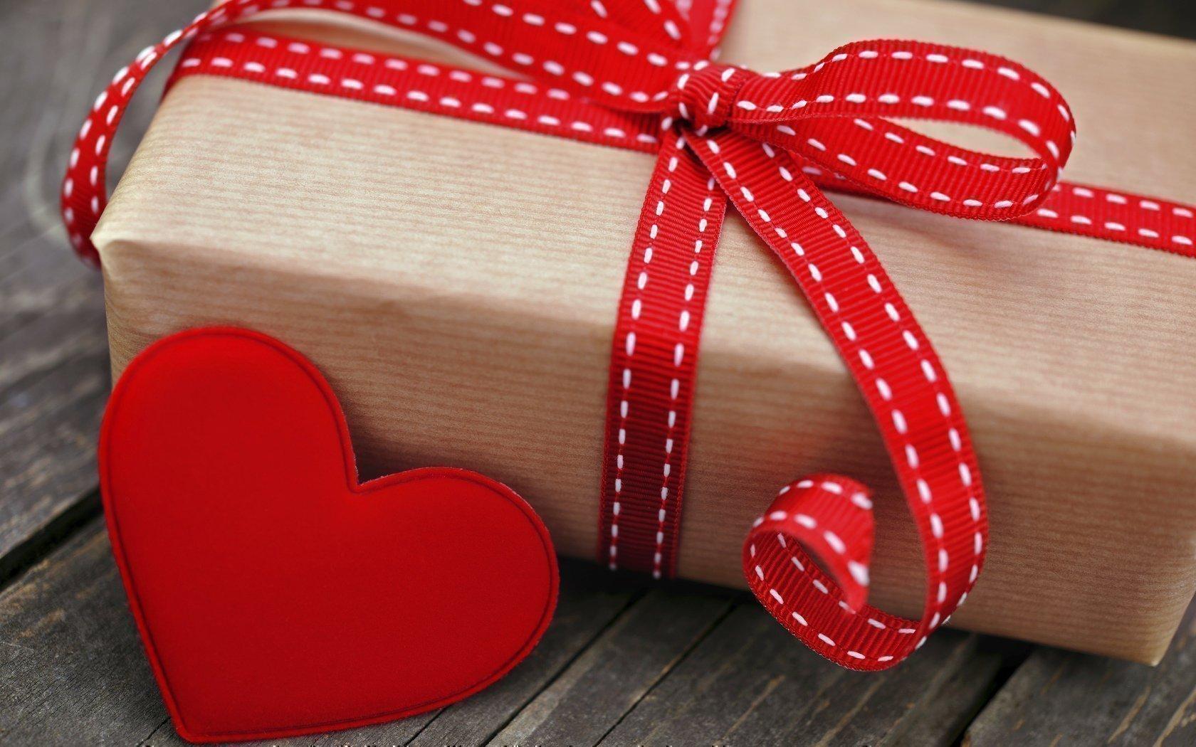 Как сделать сильный приворот на подарок