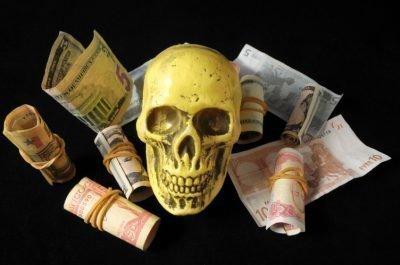 порча на деньги