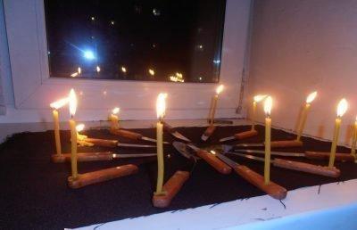 свечи и ножи
