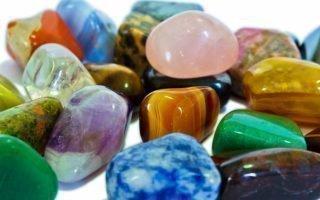 Каменные талисманы для защиты от проклятий