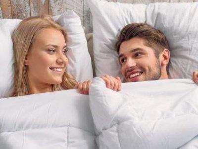 Влюбленные в постели