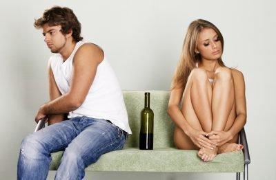 Муж и жена алкоголики