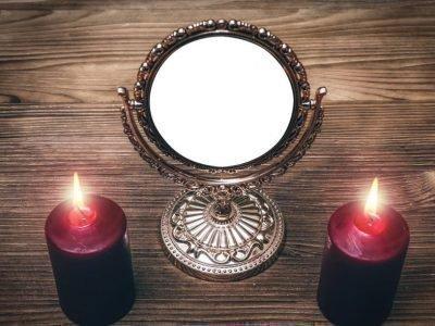 Зеркало и свечи для обряда