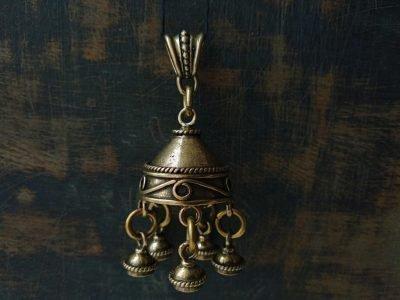 амулет серебряные колокольчики