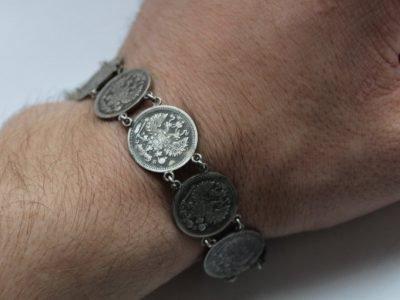 браслет с монетами