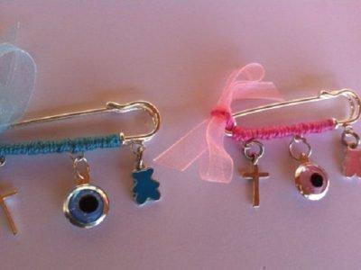 Две булавки - обереги для мальчика и девочки