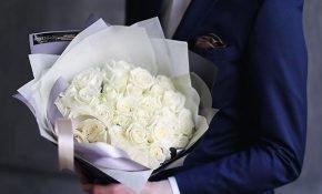 Приметы о белых розах в качестве подарка