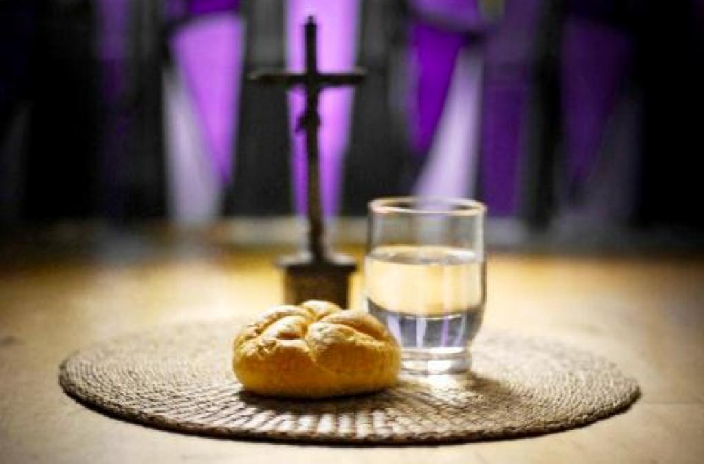 В чистый понедельник едят только хлеб и воду
