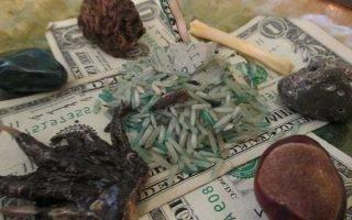 Как привлечь деньги с помощью магии Вуду