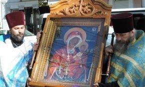 Чтение молитвы о путешествующих иконе «Одигитрии»