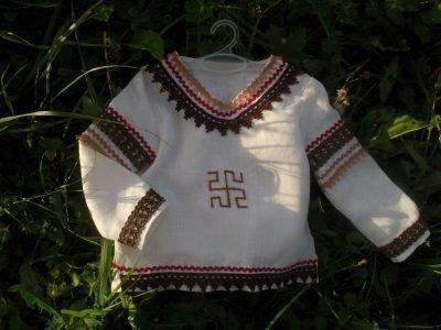 Символ Родовик на сорочке