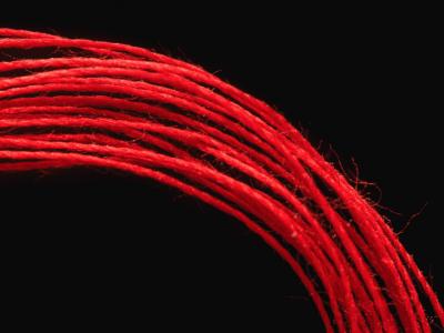 красная нитка как сделать