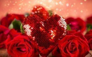 Приметы и традиции Дня святого Валентина: что подарить и как отметить