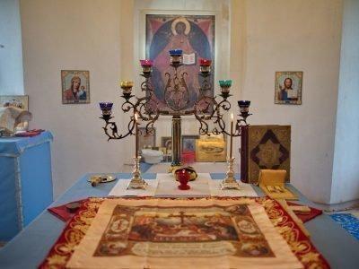 Менора в православном храме