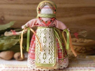 Традиционная кукла Желанница