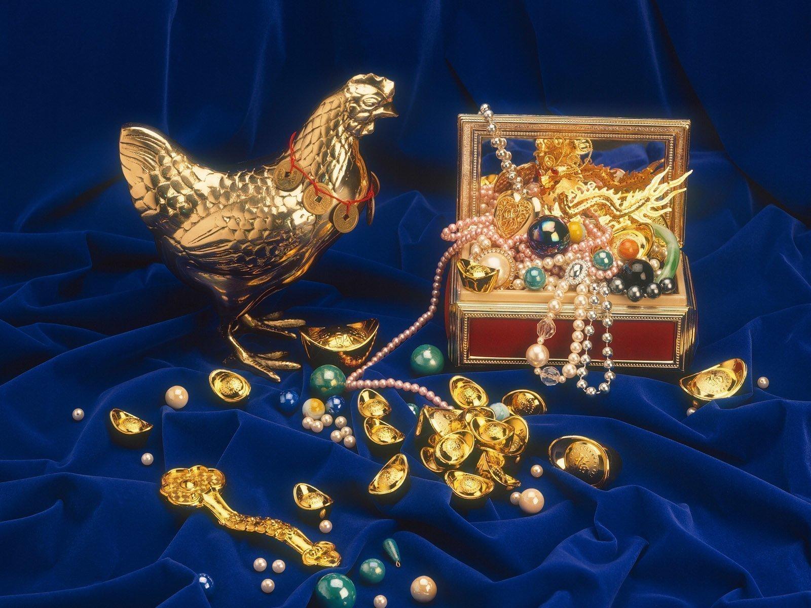 Амулет в виде монеты для привлечения финансов
