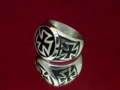Перстень с тамплиерским крестом