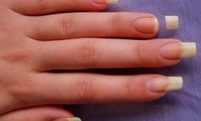 11 примет о сломанном ногте