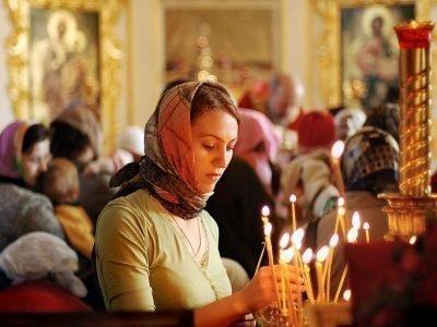 Молебен в церкви