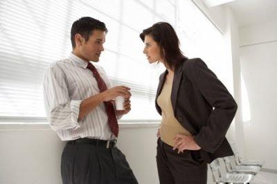 Женщина-Петух и мужчина-Тигр в работе