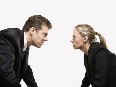 Женщина-Телец и мужчина-Рыбы конфликты на работе