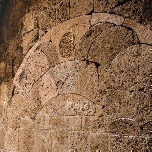 Мандала на стене Яффо