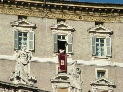 Воскресная месса в Ватикане
