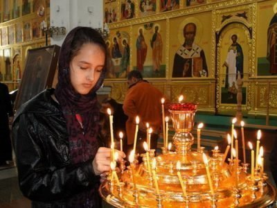 Посещение храма перед экзаменом