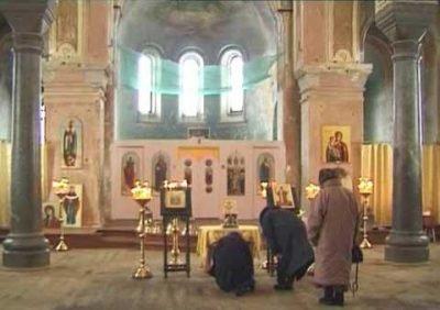 Молитва иконе Экономисса в храме пос. Северный