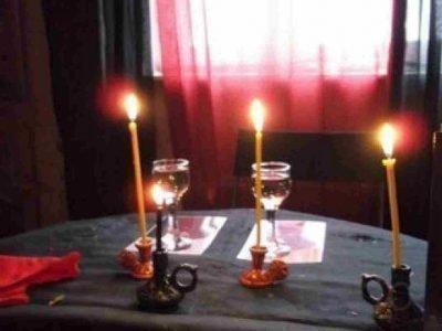 Приворот со свечками