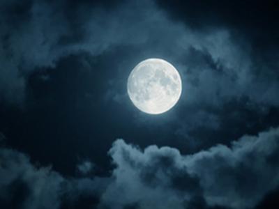 Приворот мужчины на Луну