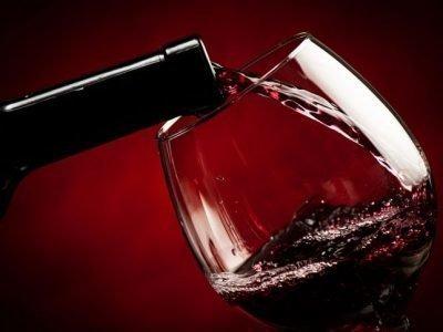 Приворот на красное вино