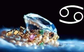 Лучшие камни и талисманы для Рака
