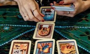 Сочетание в раскладах карт Таро
