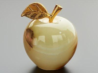Яблоко из оникса