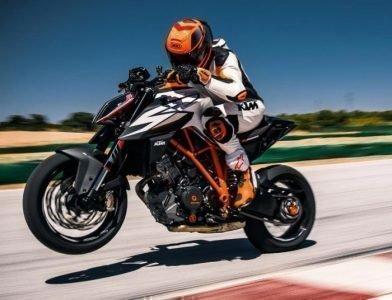 Спортивный мотоцикл во сне